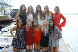 Frosh Cheer at the Banquet